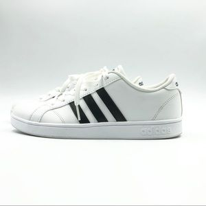 Adidas youth size 5.5 equivalent to women's Sz 7.5